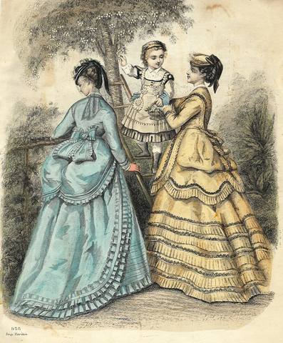 TWO WOMEN WITH LITTLE GIRL