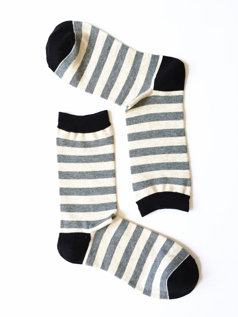 ZEBRA STRIPES GREY CREW SOCKS