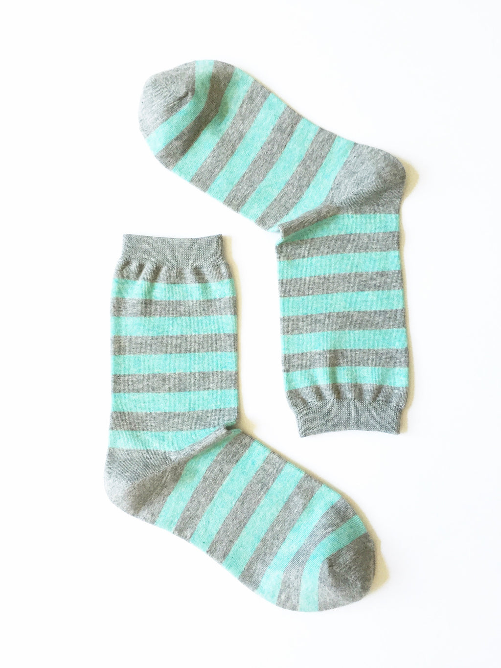 ZEBRA STRIPES TURQUOISE CREW SOCKS