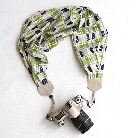 scarf camera strap dots and blocks - BCSCS013