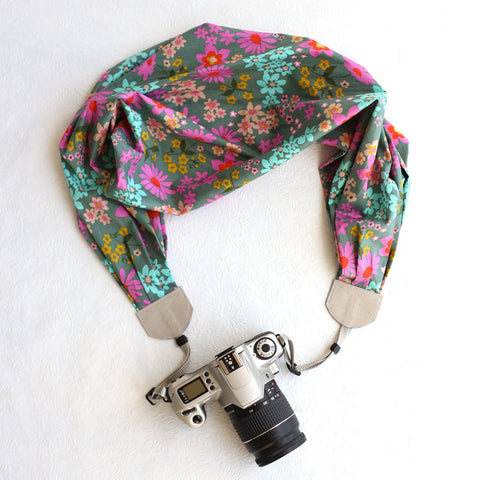 scarf camera strap fresh flowers - BCSCS017