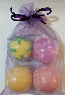 Tubby Twister Bath Bombs Gift Bag