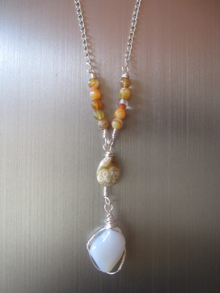 Morowa - Agate/Chalcedony Pendant Necklace Free Shipping