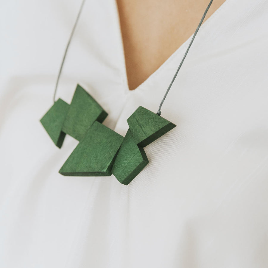 Oblong Adjustable Necklace / Army Green