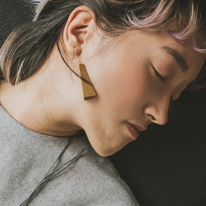 Quadrangle Q1 Earrings / Mustard