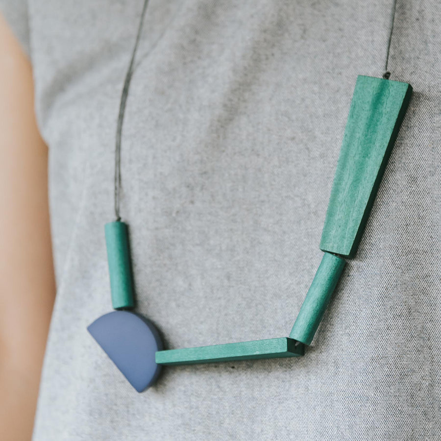 Quadrangle Q2 Adjustable Necklace / Forest Mix