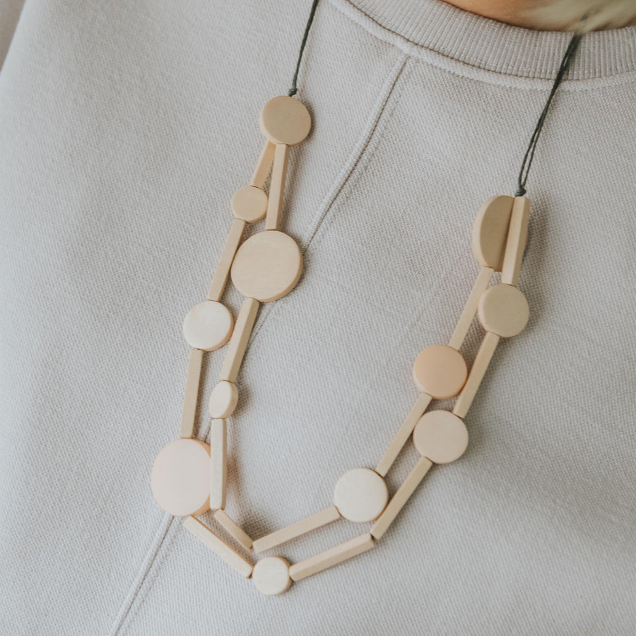 Circus II Adjustable Necklace / Milk