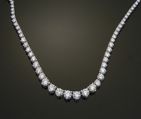 18k White Gold 15ct Diamond Necklace