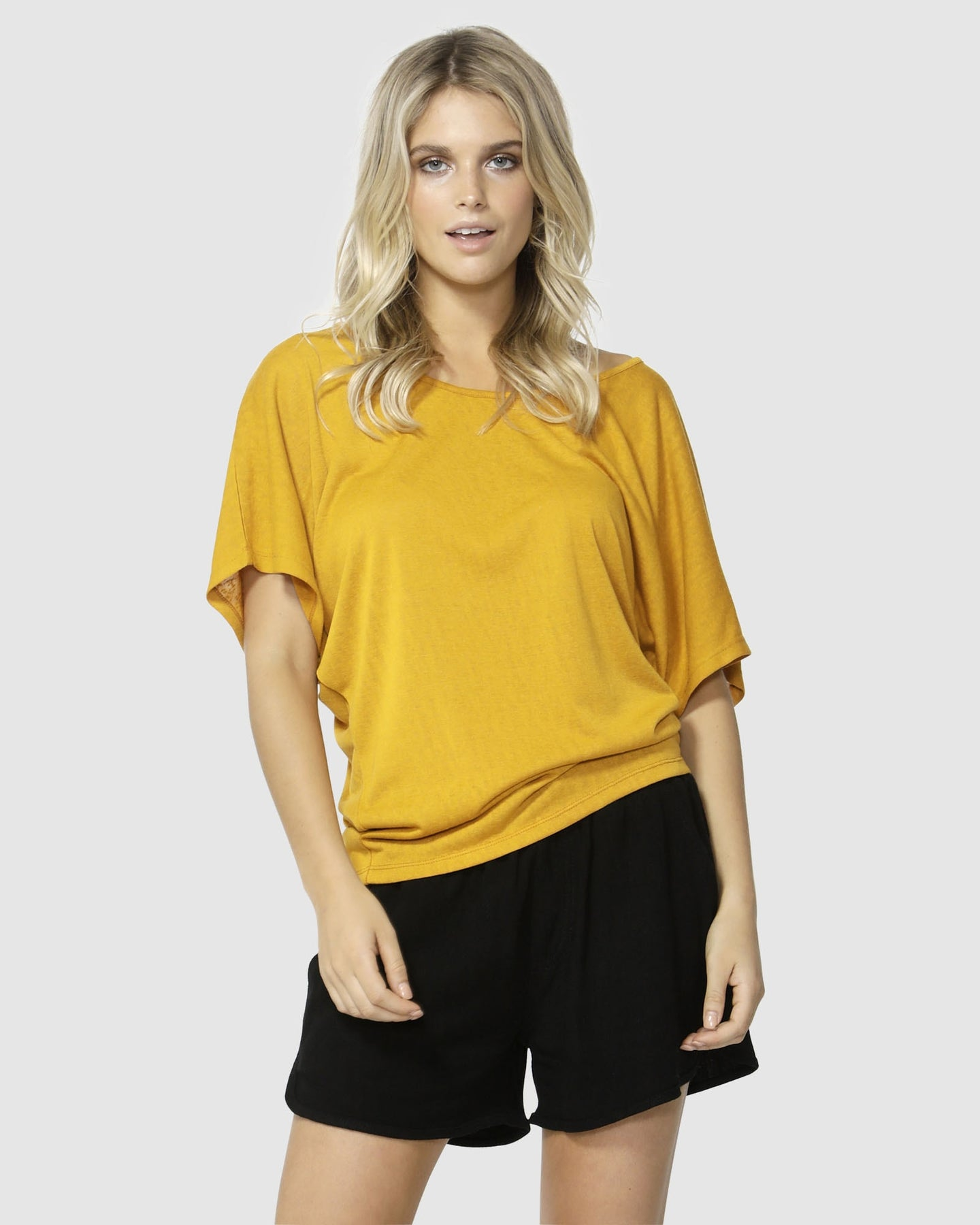 Betty Basics Maui Tee