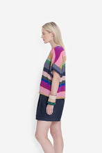 Load image into Gallery viewer, ELK Stripe Print Lysbro Shell T