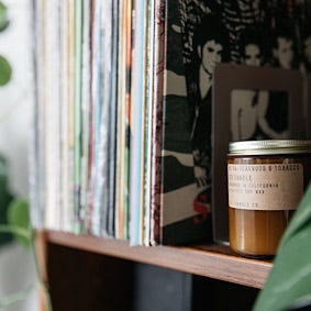 Standard Soy Candle - No. 4 Teakwood & Tobacco