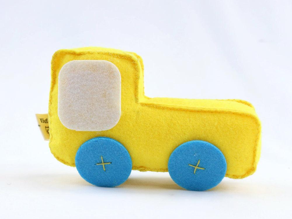 ViviPet Designed | Truck Dog Toy - VIVIPET
