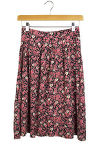 Load image into Gallery viewer, Reworked Pink Daisy Print Skirt