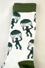 Load image into Gallery viewer, NEW Parachuting Army Men Socks