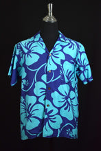 Load image into Gallery viewer, Vintage Hawaiian Shirt
