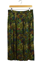 Load image into Gallery viewer, Sag Harbor Brand Tropical Leaves Print Skirt