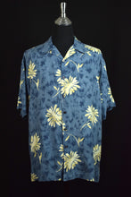 Load image into Gallery viewer, Perry Ellis Brand Silk Hawaiian Shirt