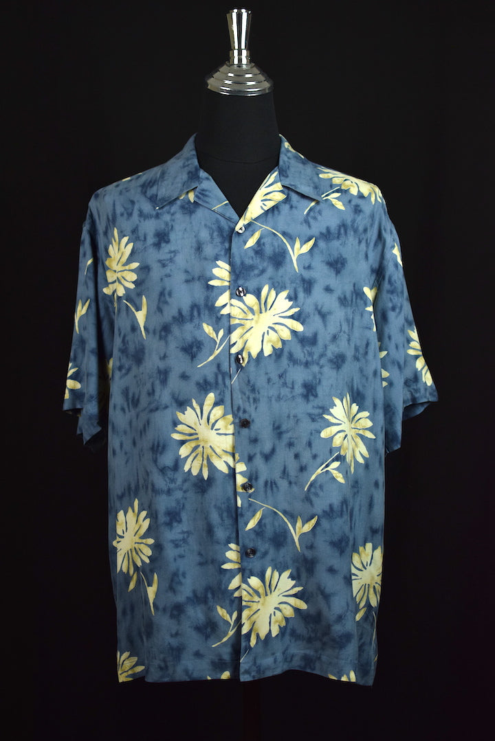 Perry Ellis Brand Silk Hawaiian Shirt
