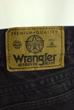 Load image into Gallery viewer, Wrangler High Waist Black Jean Shorts