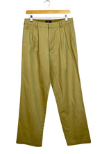 Load image into Gallery viewer, Dockers Brand Khaki Pants