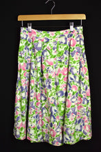 Load image into Gallery viewer, Reworked Pastel Floral Design Skirt