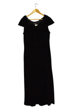 Load image into Gallery viewer, R&K Originals Brand Black Velour Dress