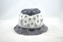 Load image into Gallery viewer, NEW Black and White Print Bucket Hat