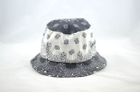 NEW Black and White Print Bucket Hat