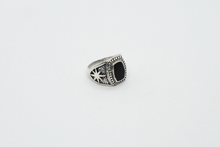 Load image into Gallery viewer, Silver Oval Black Stone Signet Ring