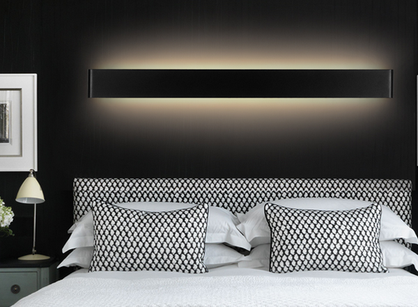 LOMAR Sleek Wall Lamp (Pre-order)