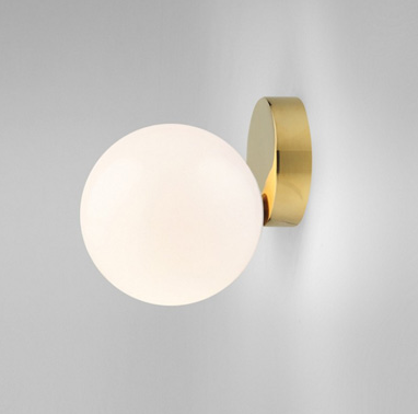 Eliza minimalist wall lamp in gold