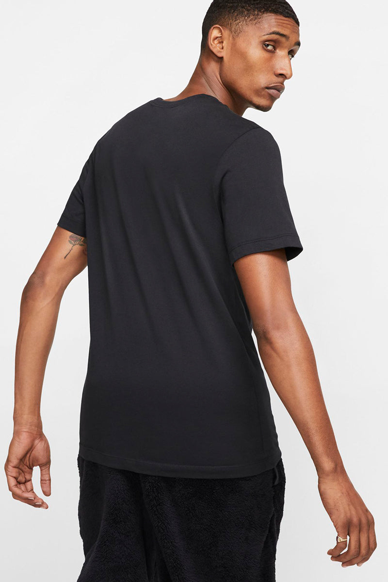 Nike - Black basic T-Shirt with logo print on the chest - AR4997-013