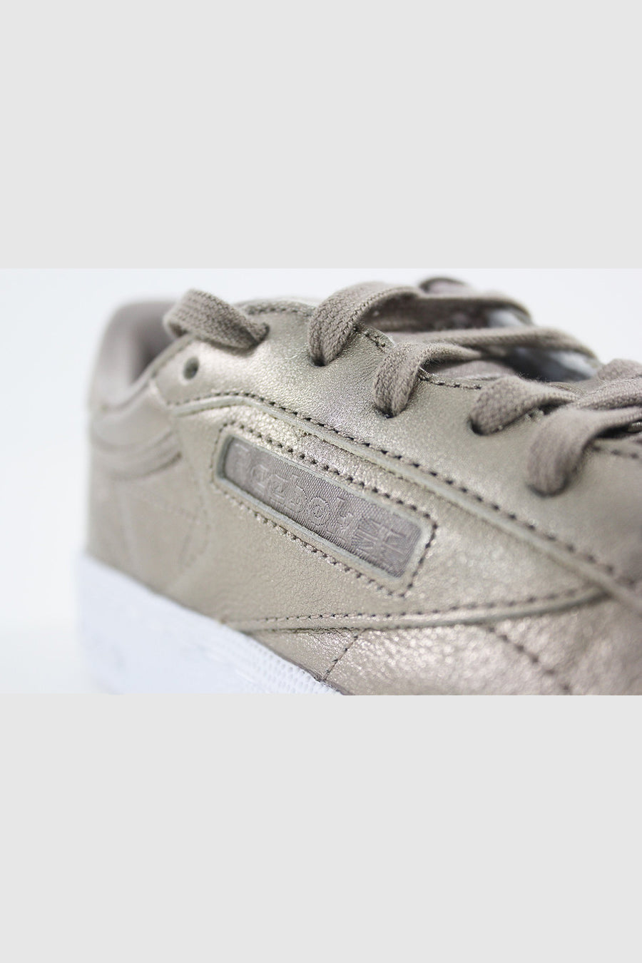 Reebok - CLUB C 85 MELTED ME Women (PEARL MET-GREY GOLD)