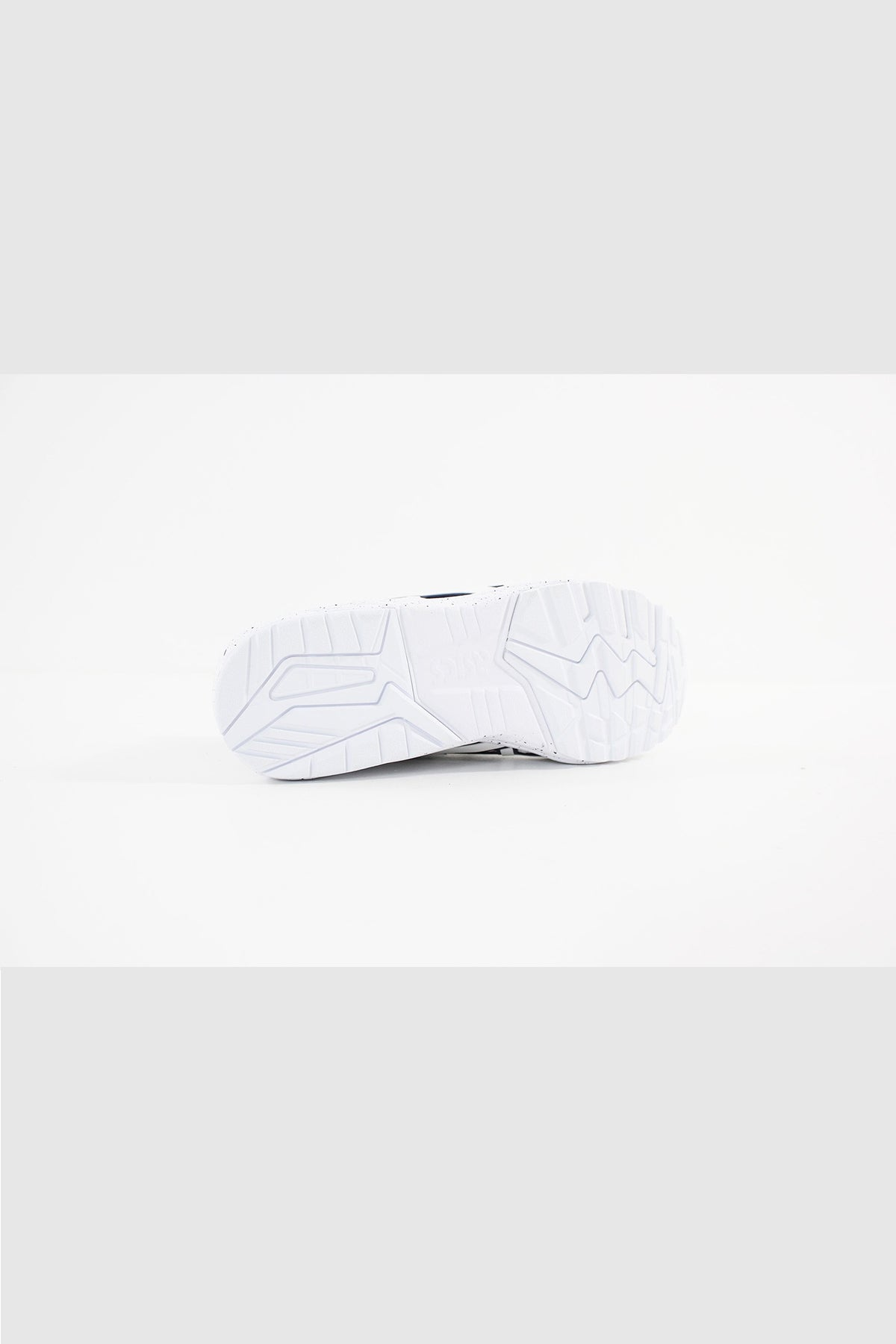 Asics - GEL-KAYANO TRAINER KNIT MT (WHITE/WHITE) HN707-101