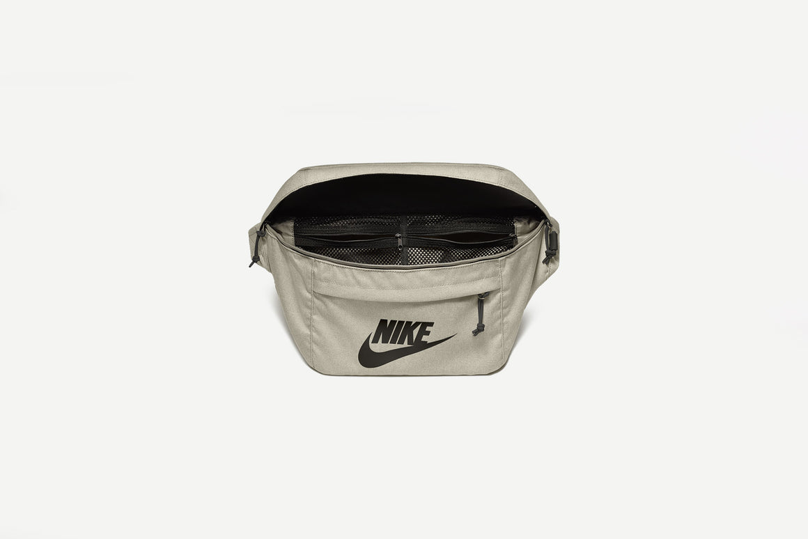 Nike - Hip Pack (Light Bonge/ Black/Black) BA5751-072