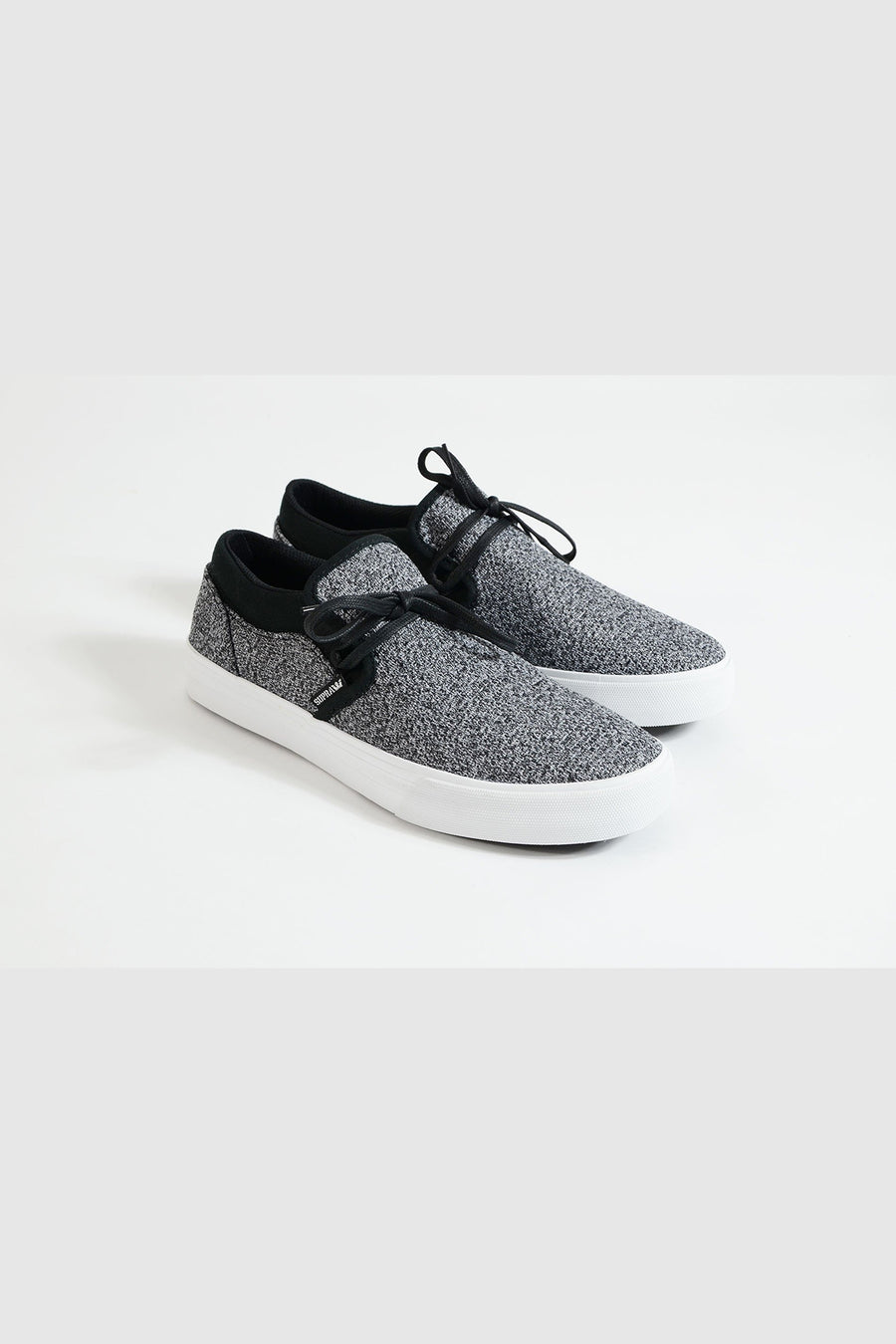 Supra - Kuba Low Top Sneaker in Asphaltgrau