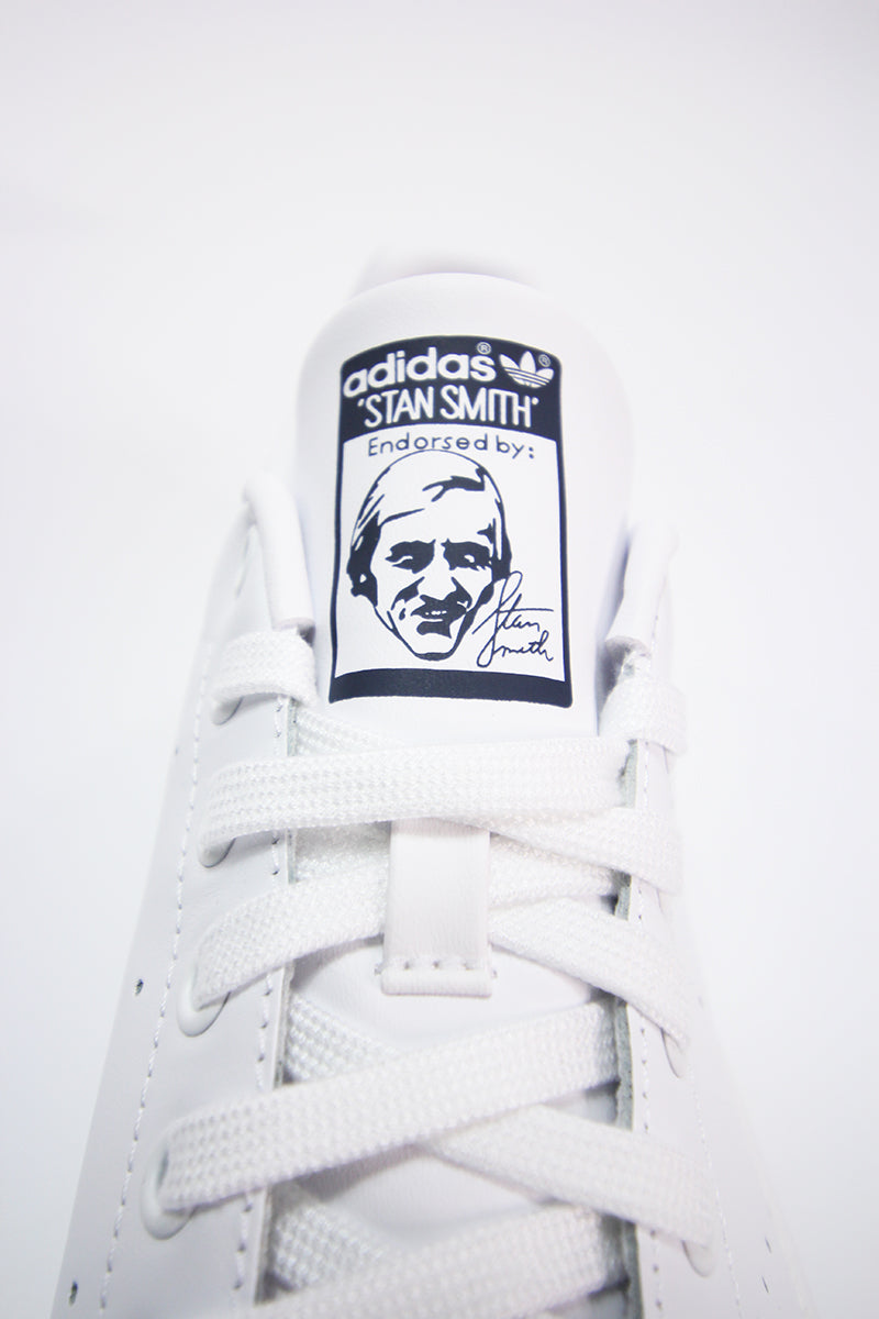 Adidas - Stan Smith (Core White) M20325