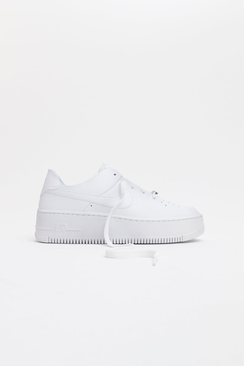 the best attitude 3b6b2 8ce08 Nike - Air Force 1 Sage Low - tutto bianco - suola extra ...