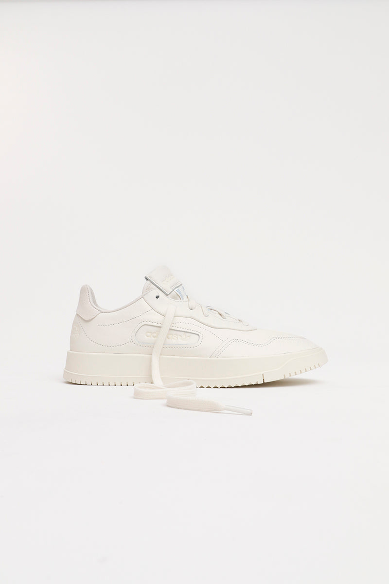 Adidas - SC Premiere - Sneaker in Qualitativem Leder in Off White - EF5902