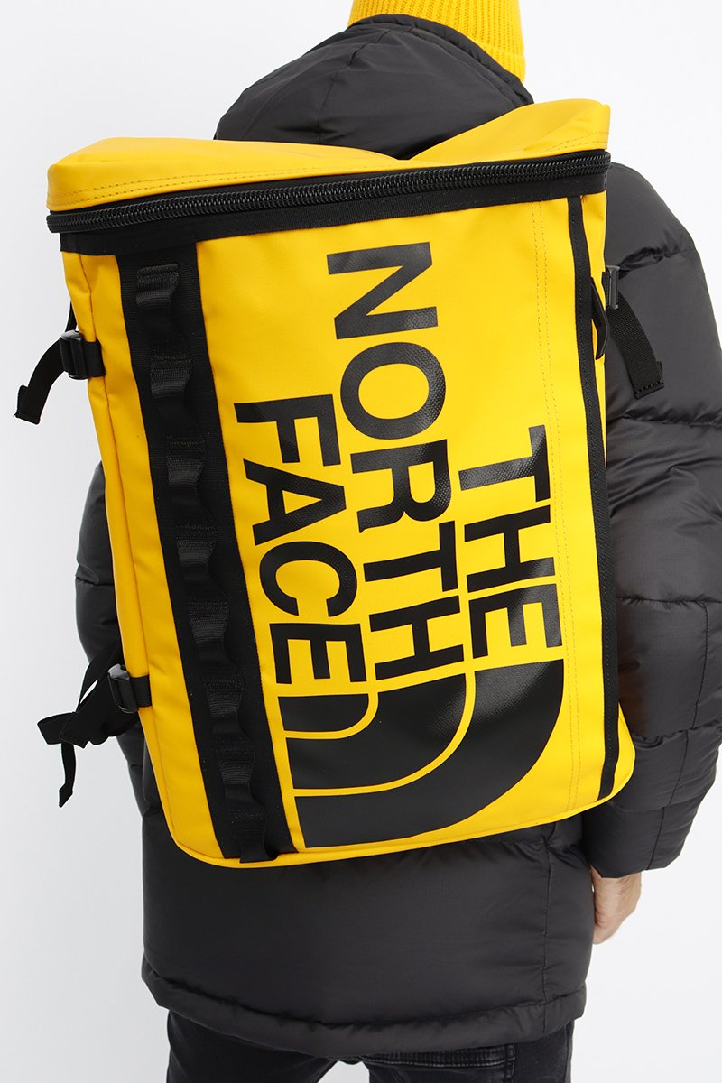The North Face - Großer Base Camp Rucksack in Gelb - T93KVR
