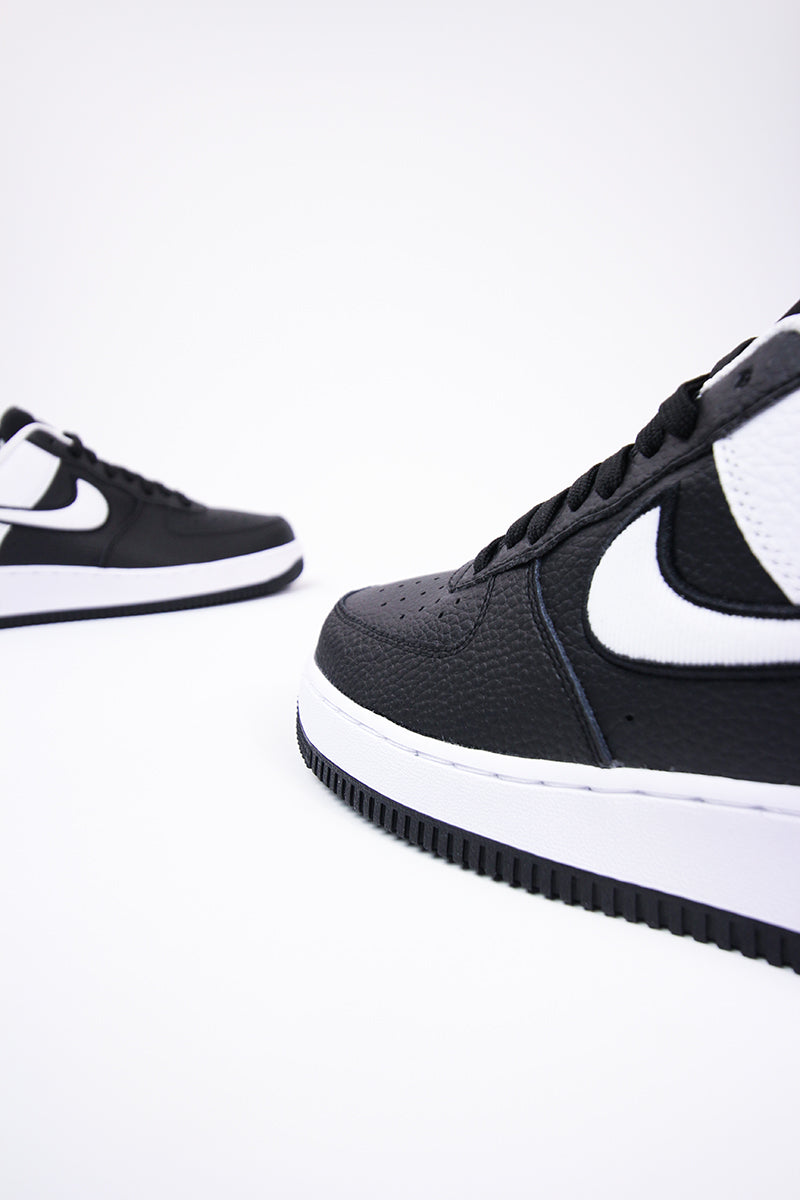 Nike - Air Force 1 '07 LV8 1 (black/white) AO2439-001