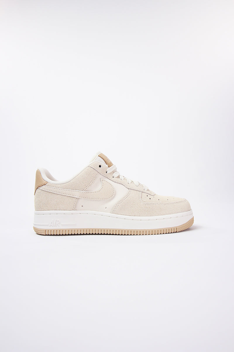 Nike - Air Force 1 '07 Premium Womens (pale ivory/pale ivory-summit white) 896185-102