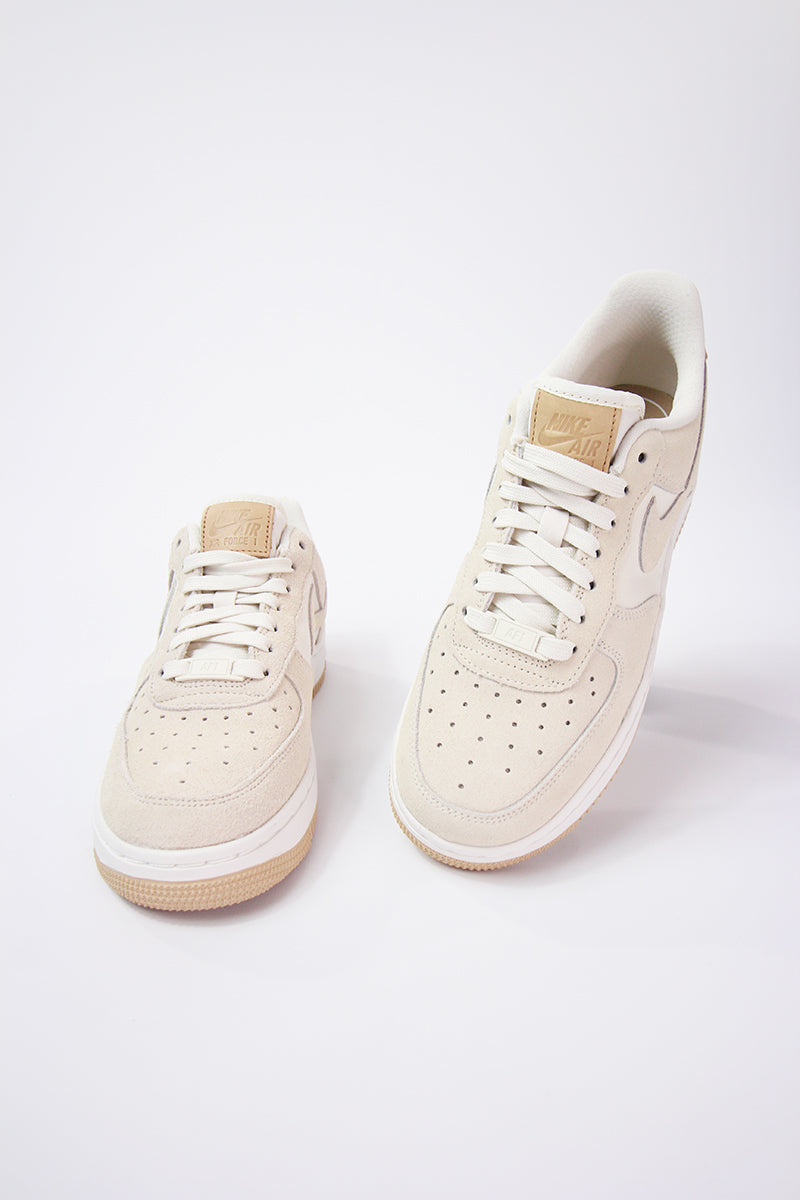 Nike - Air Force 1 '07 Premium Damen - Erdfarben - blasses Elfenbein 896185-102
