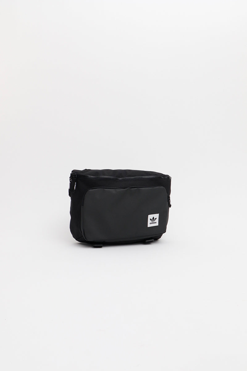 Adidas - Premimum Essential Waistbag L (Black) ED8047