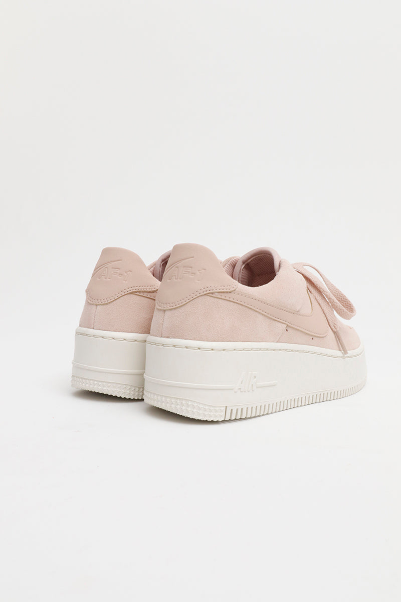Nike Air Force 1 Salvia Basso Donne Beige Suola alta AR5339 201