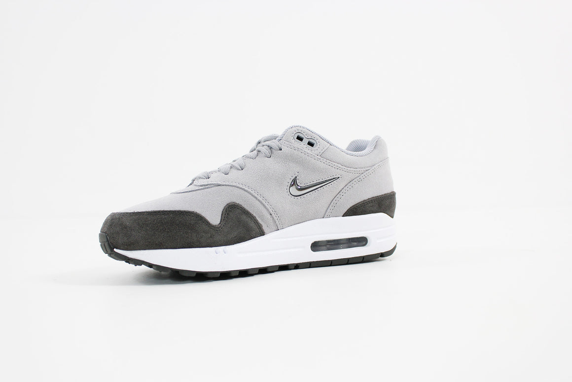 Nike -Air Max 1 Premium SC Women (WOLF GREY/MTLC PEWTER-DEEP PEWTER-WHITE) AA0512-002