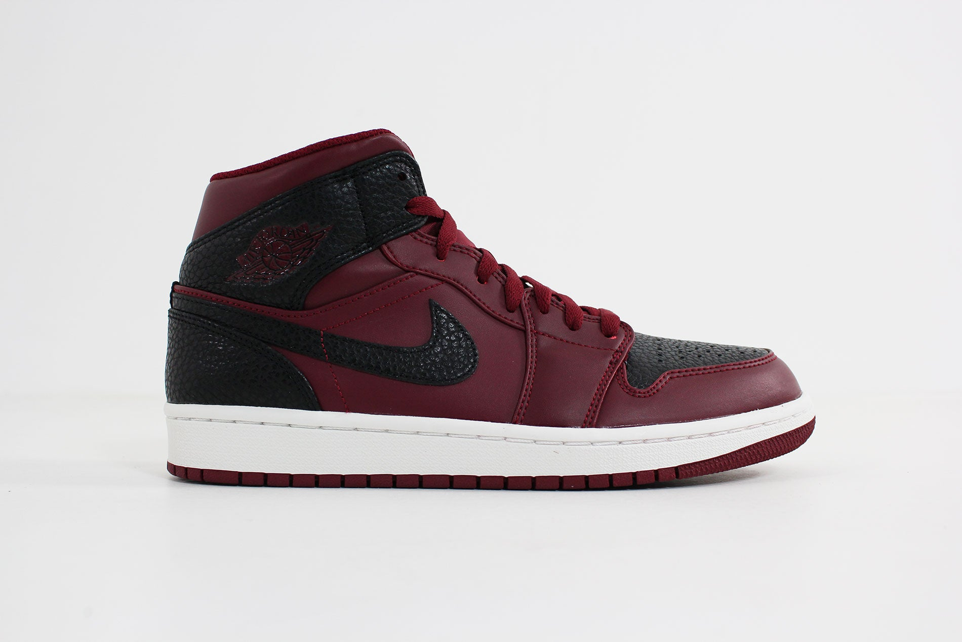 22d82197233e86 ... purchase air jordan 1 mid team red black summit white 554724 601 28d87  63236