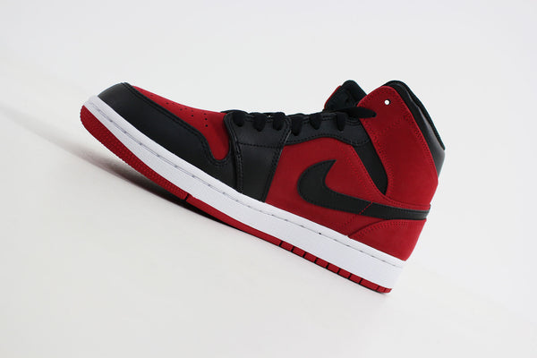quality design 36b2d 44732 Nike - Air Jordan 1 MID (Turnhalle Rot   Schwarz-Weiß) 554724-610 -  Sneakerworld