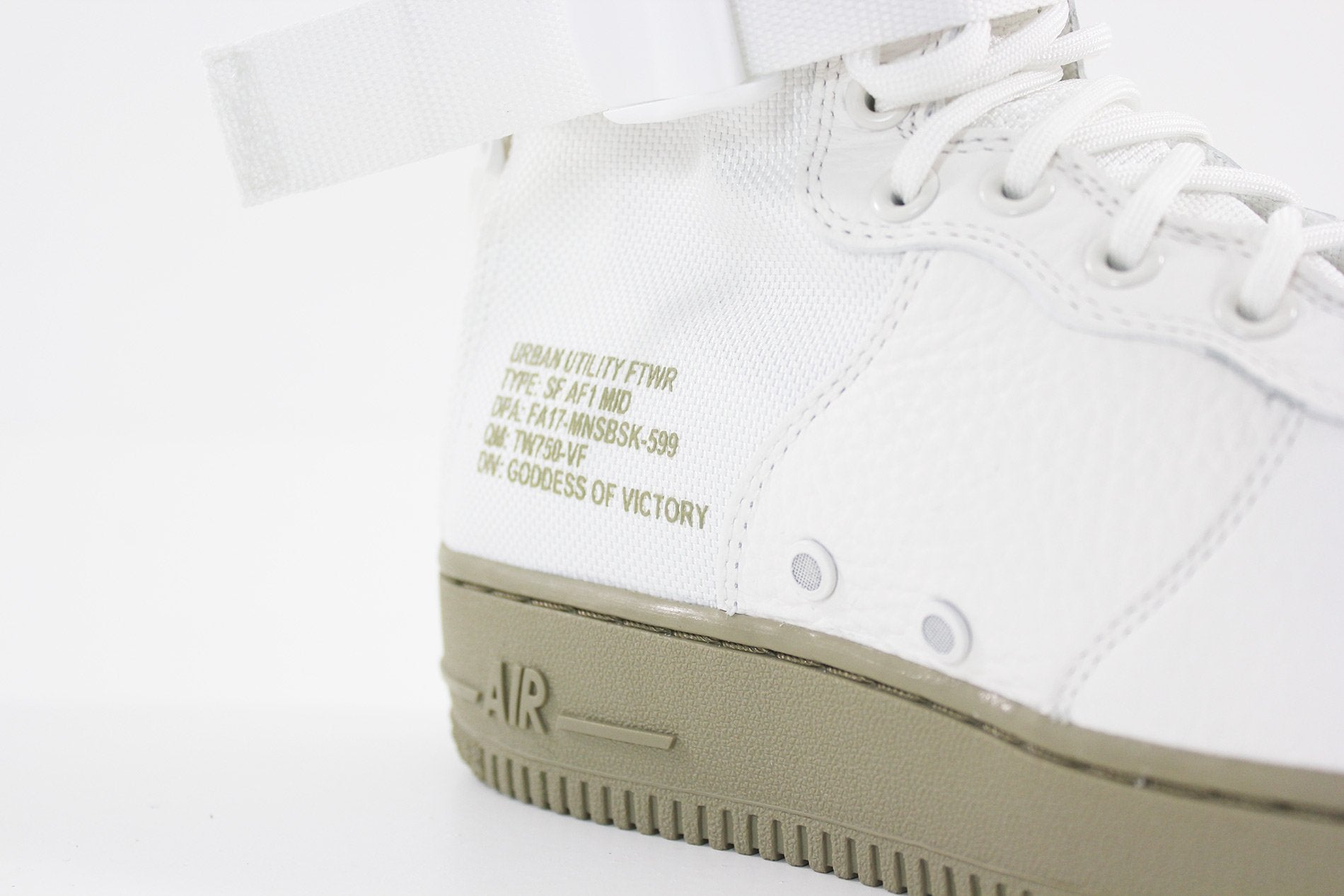 Nike - Men's SF Air Force 1 Mid Shoe (IVORY/IVORY-NEUTRAL OLIVE) 917753-101