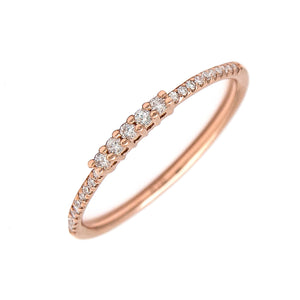 14 KT Thin band 5 center diamond stones ring